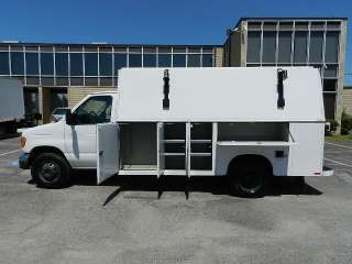 2005 Ford E450 KUV Enclosed Commercial Service Utility Work Van V 10