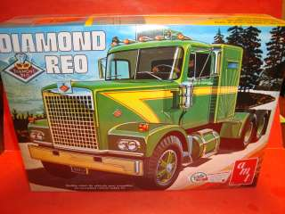 AMT Diamond Reo Semi Truck Unb. Model Kit