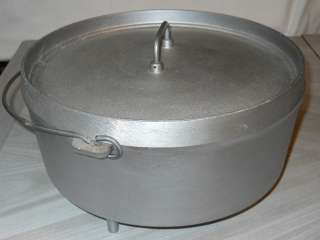Cast Aluminum 12 Quart Covered Dutch Oven With Spider Legs