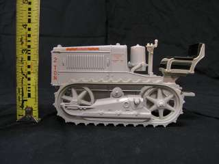 Caterpillar 2 Ton Track Type Tractor 1/16 Scale Diecast by ERTL