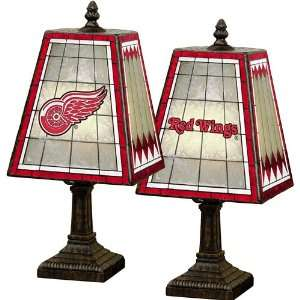 Company Detroit Red Wings Art Glass Table Lamp